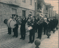 FOTO 2 BANDAS DE MUSICA